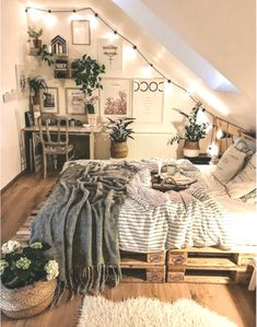 Home Bohemian Bedroom Decor From Around the World. Best Of Home Bohemian Bedroom Decor From Around the World. 5 Home Bohemian Bedroom Decor From Around the World Around Room Ideas Bedroom, Home Decor Bedroom, Bed Room, Bedroom Inspo, Decor Room, Urban Outfiters Bedroom, Bohemian Bedroom Decor, Boho Teen Bedroom, Urban Bedroom