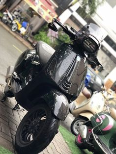 Lambretta Scooter, Vespa Scooters, Vespa Et2, New Vespa, Custom Vespa, Vespa Sprint, Moto Car, Motorcycle Wallpaper, Pocket Bike