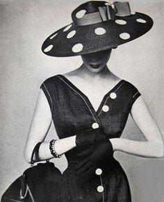 Jean Patchett, Vogue 1954. Admired by #CliffHowardArtist (FalconFabrics.com.au)