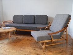 Ercol Studio Couch - Upholstery Art