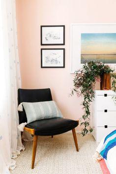 DIY Block-Printed Fabric Curtains (Little Green Notebook) Light Pink Walls, Peach Walls, Blush Walls, Home Bedroom, Bedroom Wall, Bedroom Decor, Bedroom Corner, Airy Bedroom, Bedrooms