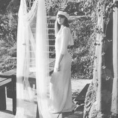 I❤️WINTER. Hippie experience WHITE GATACHE atelier online #hechoenespaña #wedding #atelier #yesido #boda #weddingdress #vintage #hippie #noivas #casamento #mariage #novia #altacostura #love #amor #siquiero #styleblogger #ibiza #newyork #spain #hautecouture #winter #invierno