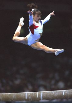 Dominique Moceanu on beam at the 1996 Olympics