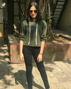 Latest Images of Hot Jannat zubair hd photos and sexy Jannat zubair hd mobile wallpapers for android / iphone Eid Outfits, Teen Fashion Outfits, Hijab Fashion, Girl Fashion, Fashion Dresses, School Fashion, Fashion Ideas, Stylish Girl Images, Stylish Girl Pic