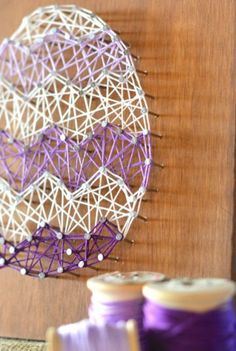 Gorgeous DIY Easter Egg String Art tutorial, Easter egg / bunny / carrot string art, and sports team art (Chicago Blackhawks) listed on page. Easter tutorials have FREE templates to make your own!