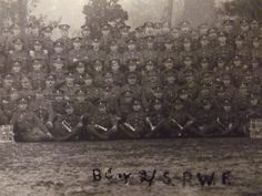Fifth (Flintshire) Battalion Royal Welch Fusiliers Royal Welsh, Ww1 Photos, World War One, North Wales, Gun, Projects, Painting, World War I, Log Projects
