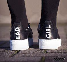Deze Bad Girl sneakers van Tango staan super sportief én vrouwelijk onder bijvoorbeeld een rokje!