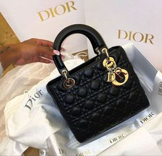 Purse Game, Luxury Purses, Luxe Life, Birkin, Luxury Lifestyle, Girly Things, Purses And Bags, Black Women, Jewelry Accessories