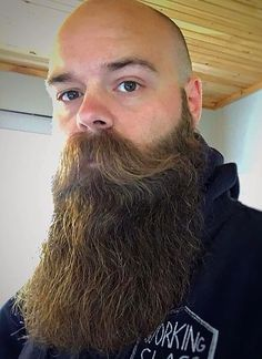 Sunday dinner at the rents. Hope everyone's had a kick ass weekend. Be nice, don't be pricks and have an awesome Sunday! Bald With Beard, Beard Fade, Full Beard, Bald Men, Epic Beard, Hairy Men, Bearded Men, Scruffy Men, Walrus Mustache