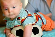 Confession: I think babies can be kinda boring. I wasn't really sure what to do with a happy baby. But these home exercises for babies changed that!
