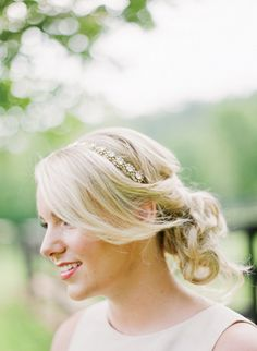 #headband #mariage #hairstyle #hair #cheveux #bijou #tendance  http://www.jolietete.fr/headband-ceremonie