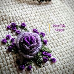 Bullion Embroidery, Rose Embroidery, Embroidery Stitches, Embroidery Patterns, Learning To Embroider, Brazilian Embroidery, Soft Sculpture, Embroidered Flowers, Needlework