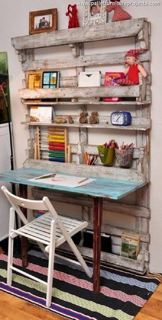 Now we are going to discuss the wood pallet repurposed pallet wall shelf cum study table. Made with some deteriorated shipping pallets, this still made a perfect wooden pallet wall shelf as it has got a multiple portions where you can arrange a number of accessories.