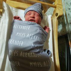 Personalized Baby Blanket Baby Name Swaddle Blanket Newborn Fleece Baby Blankets, Receiving Blankets, Soft Blankets, Swaddle Blanket, Baby Girl Hats, Baby Boy, Plaid Nursery, Best Baby Shower Gifts, Photo Blanket