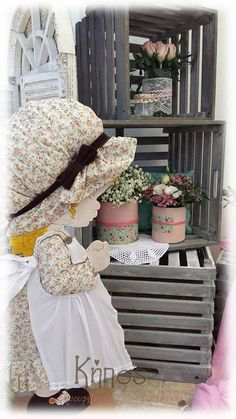 sharah kay βαφτιση shabby chic Sara Kay, Girls Dresses, Flower Girl Dresses, Shabby Chic, Wedding Dresses, Party Ideas, Redneck Party, Dolls, Enchanted Garden