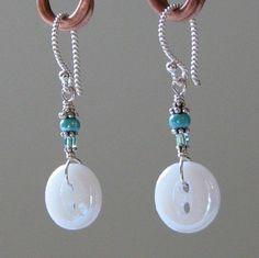 Simple button earrings
