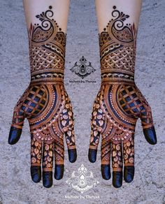 94 Easy Mehndi Designs For Your Gorgeous Henna Look Henna Art Designs, Mehndi Designs For Girls, Indian Mehndi Designs, Mehndi Designs 2018, Stylish Mehndi Designs, Wedding Mehndi Designs, Mehndi Design Pictures, Beautiful Mehndi Design, Mehndi Images