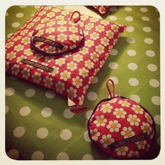 Kersenpitkussentjes voor wie, net als ik, hunkert naar de zomer ;)