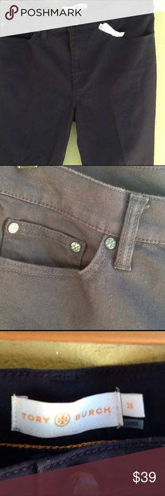 Tory Burch Skinny Leg Jean In excellent used condition. Size 28. These are navy blue as shown in picture one. Inseam is 27 ,rise is 9 1/2. 90% cotton,8 % polyester,2% elastane. Fresh from the dry cleaners. Tory Burch Jeans Skinny