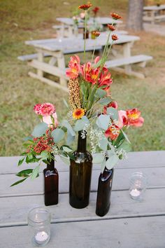Georgia wedding from red fly studio wedding centerpieces Summer Wedding Centerpieces, Bottle Centerpieces, Flower Centerpieces, Flower Arrangements, Wedding Decorations, Table Decorations, Centerpiece Ideas, Floral Wedding, Fall Wedding