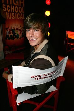 """Before Zac Efron bulked into a Greek marble statue, he was a dancing theater kid and the star of High School Musical. Remember this boy from 2006?   14 Pictures """"HSM"""" Zac Efron Took That He Wouldn't Today"""
