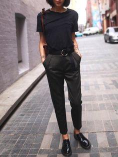 Doc Martens basses vernies + pantalon 7/8 = le bon mix
