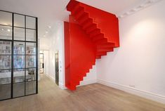 Hanging Red Stairs in London House – Fubiz™