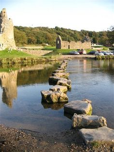 Stepping stones near Ogmore Castle (Wales)