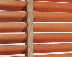 Stores vénitiens en bois Blinds Inspiration, Store Venitien, Stores, Painted Wood
