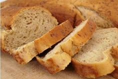 How to Make Your Own Gluten-Free Delicious Bread Best Gluten Free Bread, Gluten Free Baking, Gluten Free Recipes, My Recipes, Bread Recipes, Sweet Recipes, Healthy Recipes, Herb Bread, Sugar