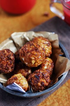 Cabbage Kofta. A tasty snack recipe made with cabbage and gram flour, cabbage kofta is similar to aloo kofta, deep or shallow fried small dumplings that can be served as snack or further used to make cabbage kofta curry, side dish for rice or roti. To make cabbage kofta curry, I have used ginger, chili powder, cumin powder, garam masala powder along with cabbage. This is a no onion garlic recipe, so you can make this on fasting and festival days too.