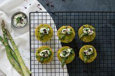 Vegane Mini-Frittatas mit grünem Spargel   Zucker&Jagdwurst