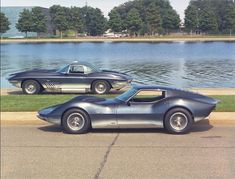 In front, the Corvette Mako Shark II (xp-830) and in the rear, the Corvette xp-755, which later became the 1963 C2 Corvette.