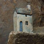 """76 Likes, 3 Comments - clay richard (@clayrichardceramics) on Instagram: """"Mwynhau eich penwythnos ~ Enjoy yourweekend  #littlehouse #littleclayhouse #clay #ceramics…"""""""