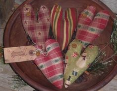 5 Primitive Rustic Christmas Heart Shaped Bowl Fillers Ornies Ornaments Tucks #Handmade