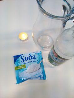 Dzisiaj z przedszkolakami postanowiliśmy wykonać kolejny eksperyment. Potrzebowaliśmy do tego sodę oczyszczoną, ocet, świeczkę i dzbanek. D... Kids Learning, Glass Of Milk, Soap, Science, Education, Bottle, School, Diy, Ideas