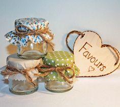 País estilo Mini Jam Jar favores de boda boda DIY por Melysweddings