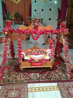 Cradle Decoration, Cradle Ceremony, Janmashtami Decoration, Laddu Gopal Dresses, Bal Gopal, Ladoo Gopal, Decoration For Ganpati, Pooja Room Design, Lord Krishna Wallpapers