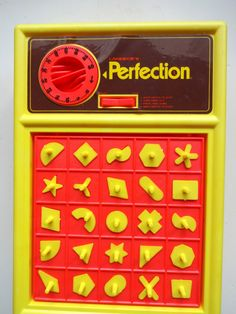 Vintage Toys Vintage Lakeside's Perfection Board Game 1975 - there was always that one piece that you could never get round the right way! Vintage Board Games, Fun Board Games, Fun Games, Old School Board Games, Classic Board Games, Childhood Games, 90s Childhood, Childhood Memories, School Memories