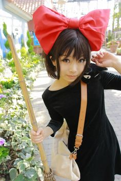 This one is Kiki & Jiji from Studio Ghibli film's Kiki's Delivery Service. Props! ( I want to do THIS!)