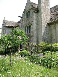 Kelmscott Manor England