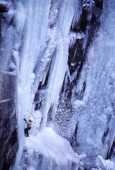 Ice climbing at Rjukan in Telemark County, Norway Climbing Chalk, Ice Climbing, Mountain Climbing, Norway Viking, Beautiful Norway, Norway Travel, Mountain Landscape, Nature Images, Best Location