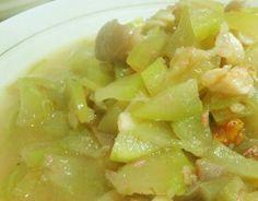 Pinoy Food... Ginisang Upo =)