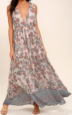 Wings Of Fancy Blush Pink Floral Print Maxi Dress via @bestmaxidress