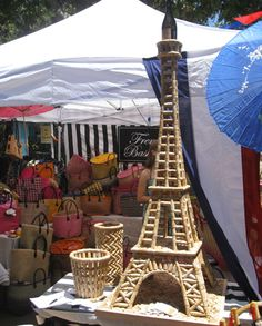 Wine Cork Eiffel Tower. This is what I can do with all those corks!
