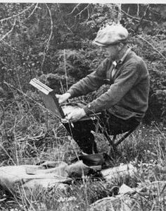 Franklin Carmichael, sketching in the La Cloche area, circa 1935 (photo from the John Mastin Collection) Tom Thomson, Emily Carr, Group Of Seven Artists, Group Of Seven Paintings, Canadian Painters, Canadian Artists, Famous Artists, Great Artists, Franklin Carmichael