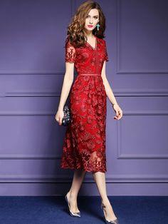 Red Floral Embroidered Swing Midi Dress Source by katesbones Dresses Trendy Dresses, Elegant Dresses, Beautiful Dresses, Nice Dresses, Casual Dresses, Formal Dresses, Ball Dresses, Red Midi Dress, New Dress