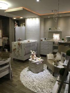 Mostra Alpha Decor 2016. Arquiteta Leila Galiano. Quarto do Bebê. Produto Cerâmica Portinari, Damask da coleção Sonata.
