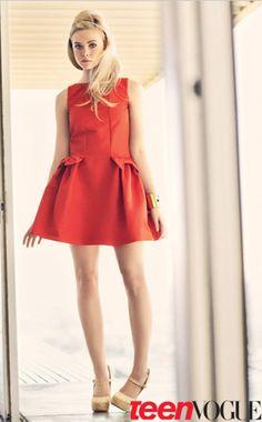 elle fanning wear Red Valentino dress