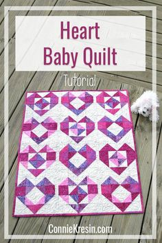 Quilting Ideas Heart baby quilt tutorial is a perfect gift for a baby shower or Christmas Quilting For Beginners, Quilting Tips, Quilting Projects, Quilting Designs, Heart Quilt Pattern, Baby Quilt Patterns, Quilting Patterns, Quilt Baby, Sewing Patterns
